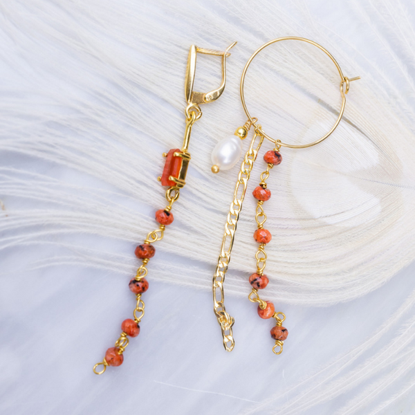 STONE HANGER EARRINGS - CORAL