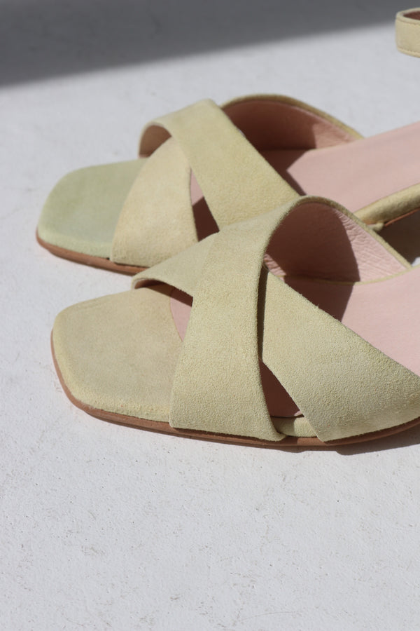 ALICE HEEL  - BAUNILHA / LIGHT YELLOW