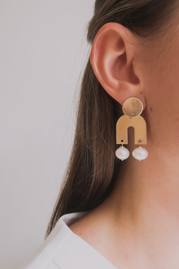 HELENE EAR STUD - GOLD
