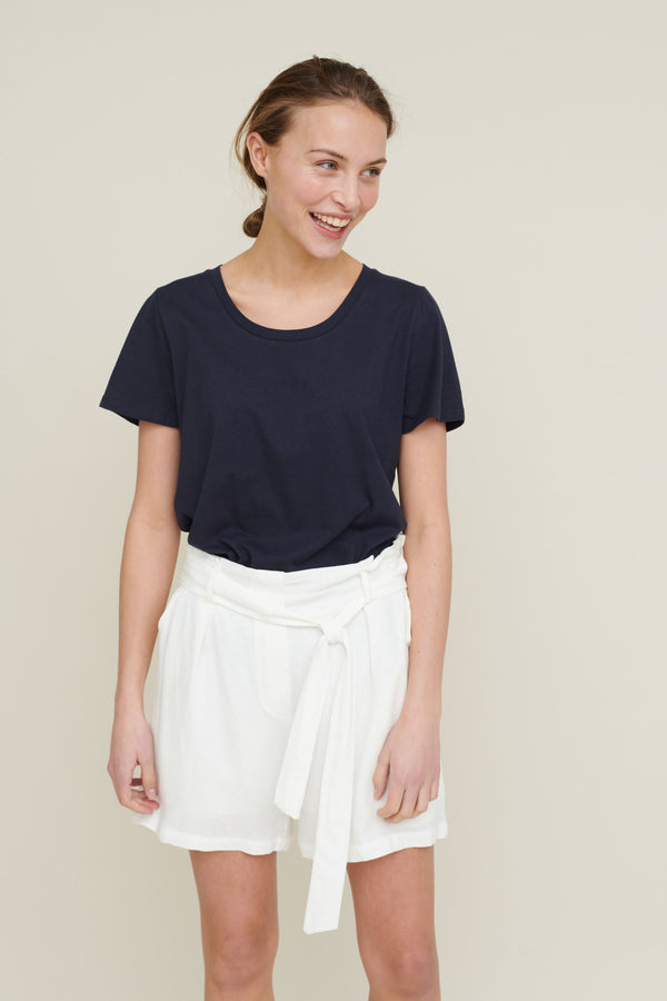 TRINE SHORTS - OFF WHITE