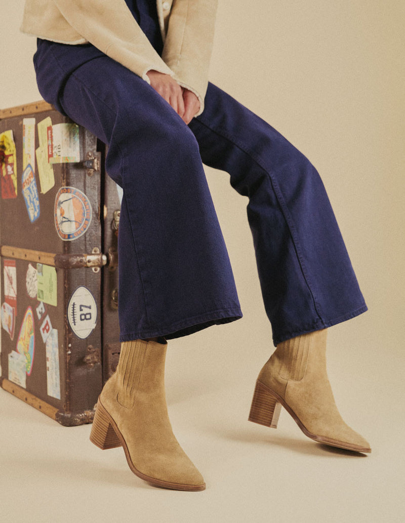 MANON BOOT - SUEDE SABLE