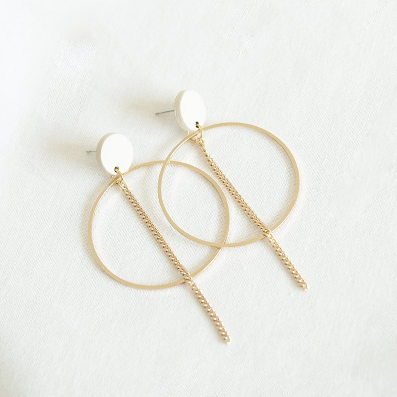 WHITE 04 EARRINGS - WHITE