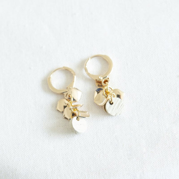 VITAMNIN 03 EARRINGS - WHITE