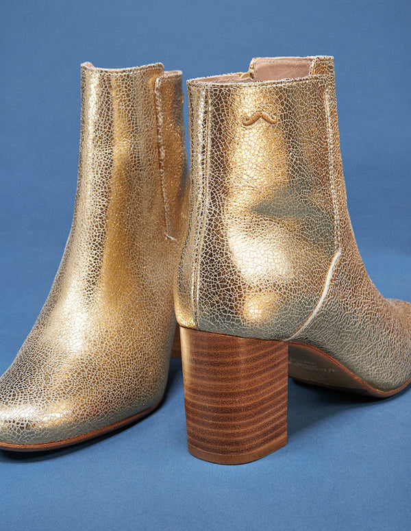 MATHILDE H. BOOTS - GOLD