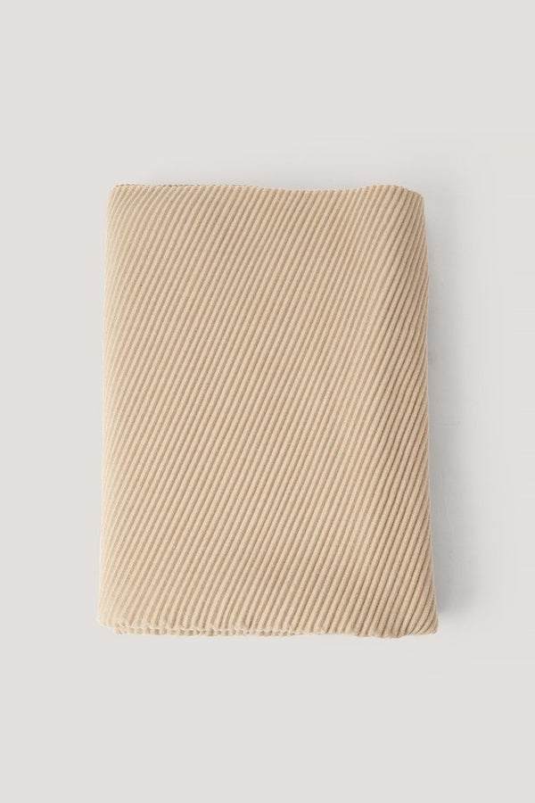 PLEATED BLANKED SCARF - BEIGE