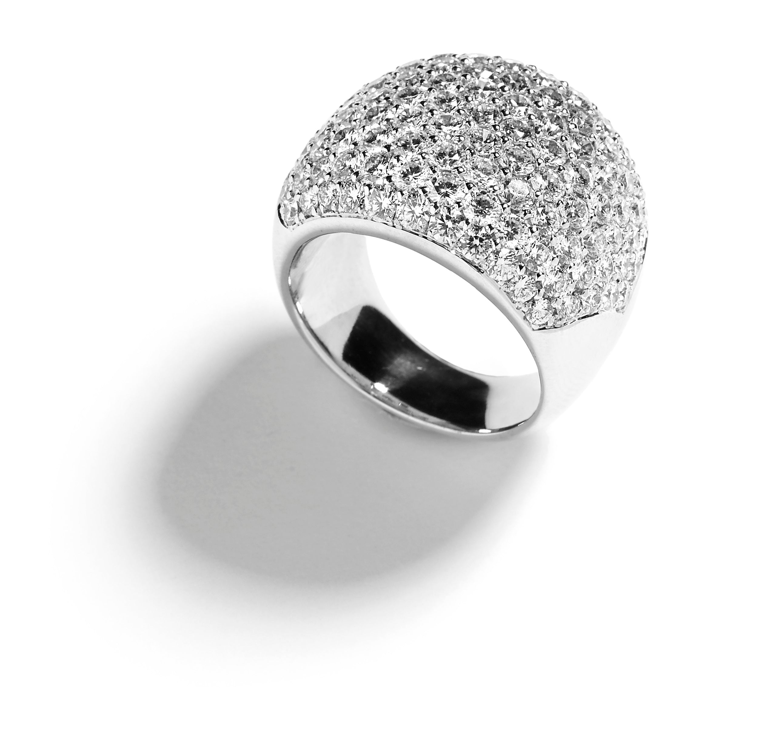 Pavé diamantring med 5,78 ct. brillanter