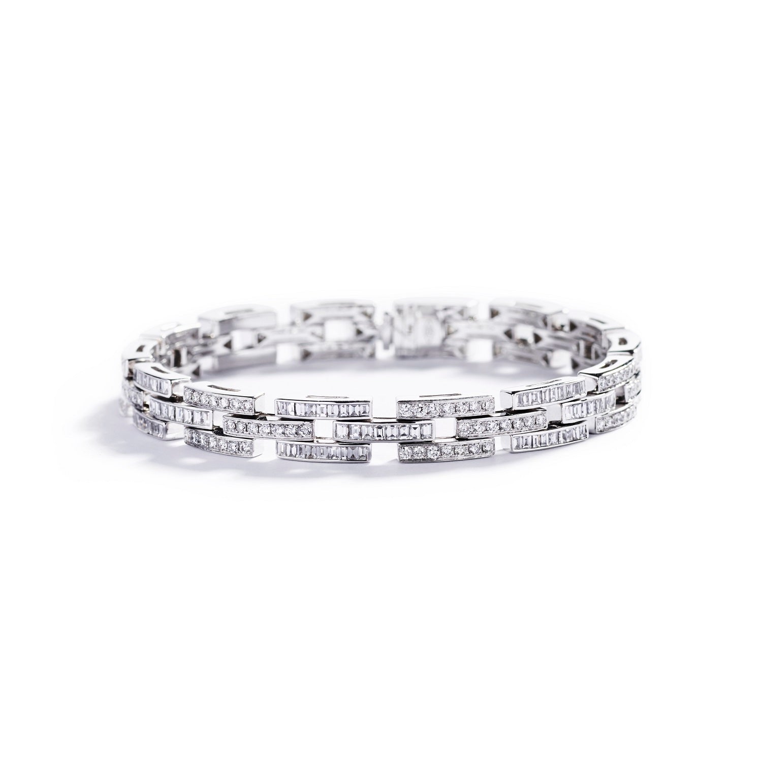 Diamantarmbånd med 2,73 ct. baguette diamanter samt 1,69 ct. brillanter