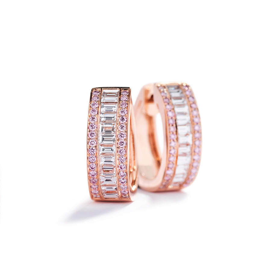 Diamantcreoler med 0,44 ct. Argyle Pink diamanter og 1,23 ct. baguetteslebne diamanter