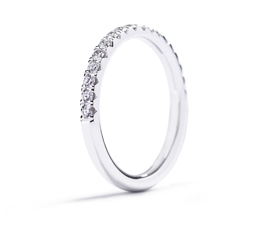 Copenhagen Classic with 0.34ct of brilliant cut diamonds