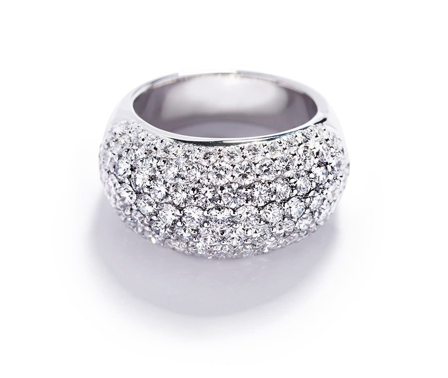 Pavéring med 3,62 ct. diamanter