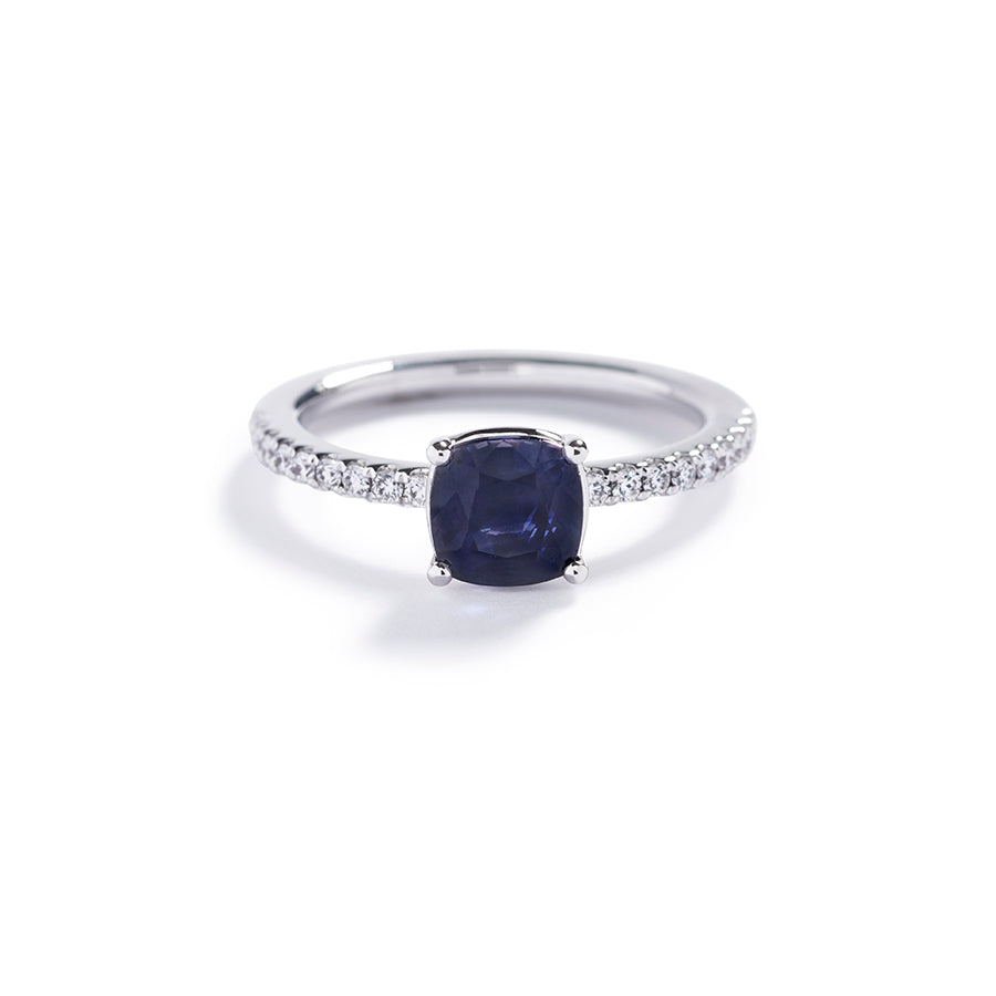 Solitairering med 1,70 ct. spinel og brillanter