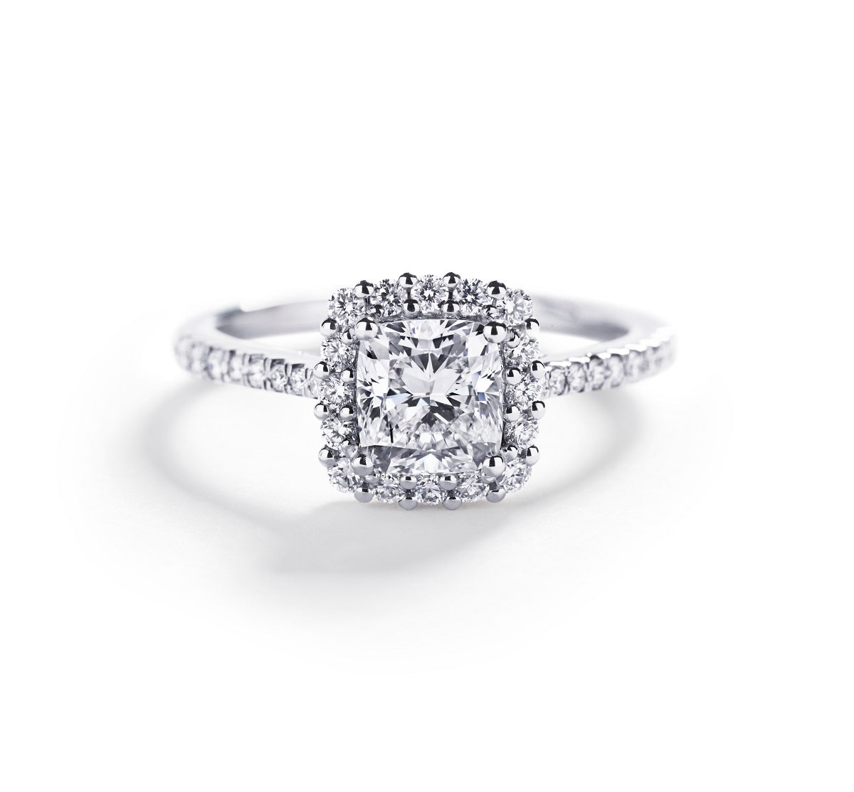 Rosetring med 1,01 ct. cushion-cut diamant