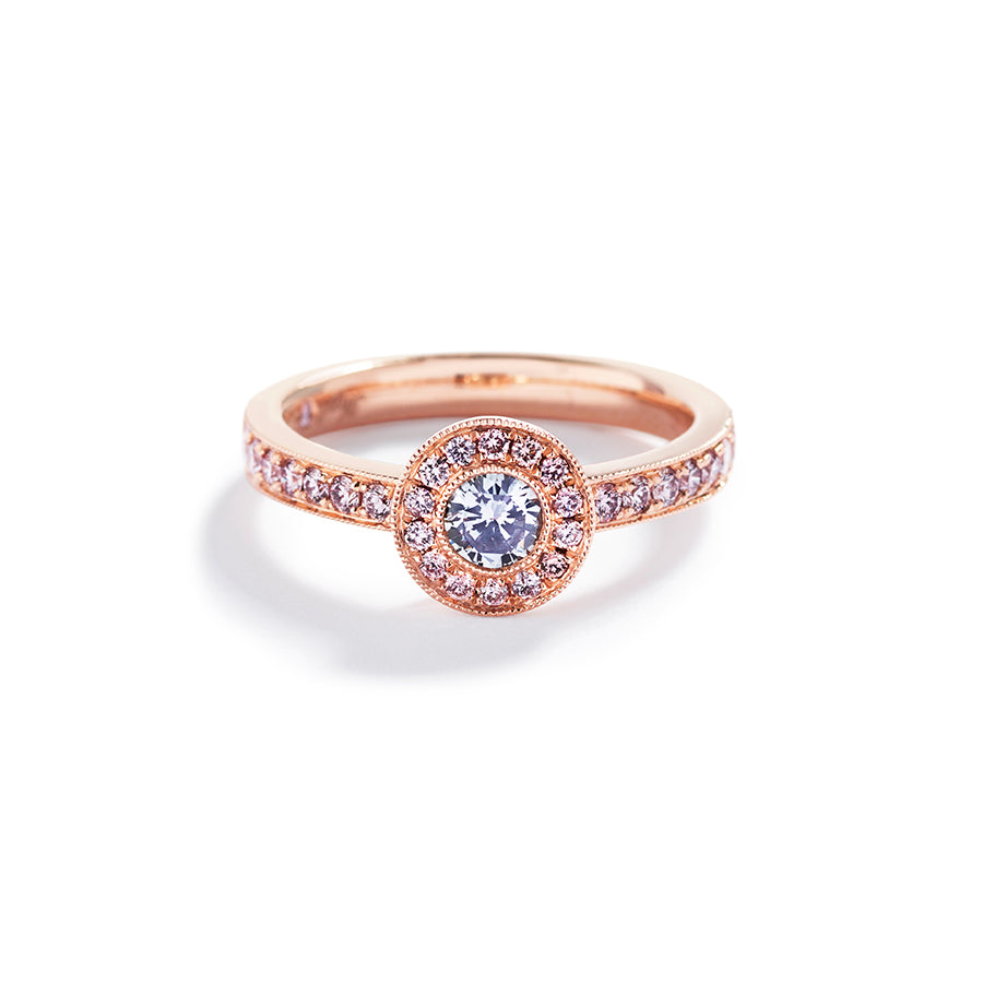 Rosetring med 0,25 ct. Argyle Blå brillant samt 0,36 ct. Argyle Pink brillanter