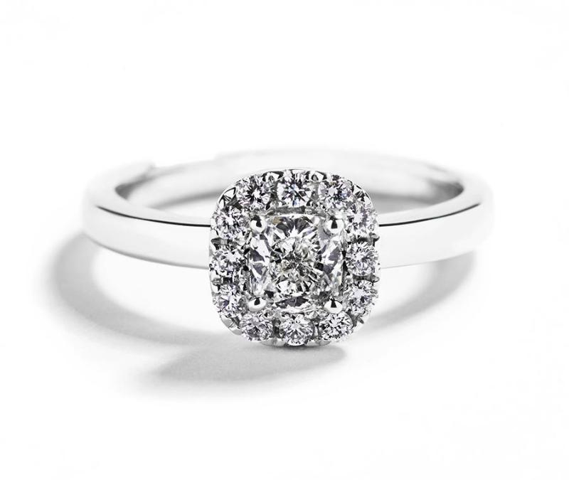 Rosetring med 0,82 ct. cushion-cut diamant