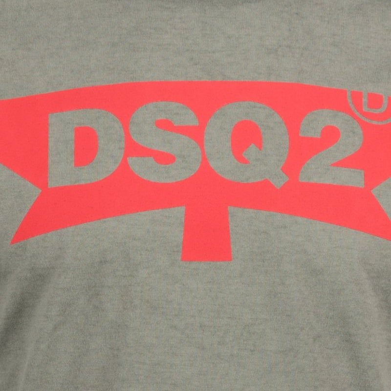 Dsquared2 Maple Leaf Logo Printed T-Shirt - chancefashionco