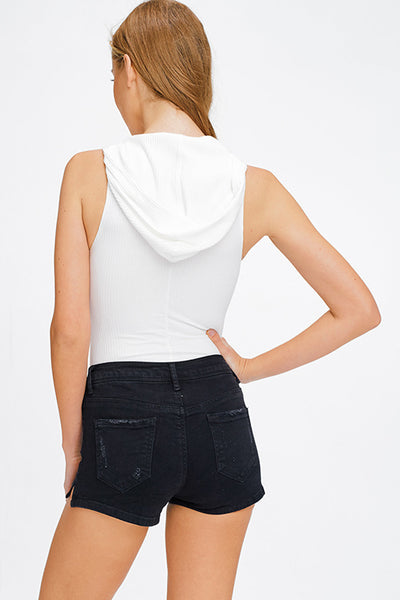 white-ribbed-v-neck-sleeveless-snap-butt