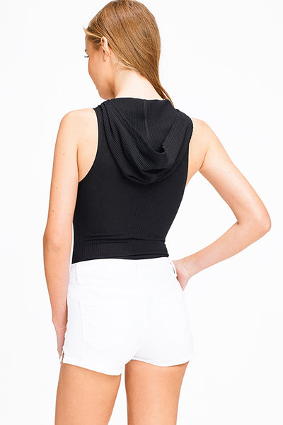 black-ribbed-v-neck-sleeveless-snap-butt