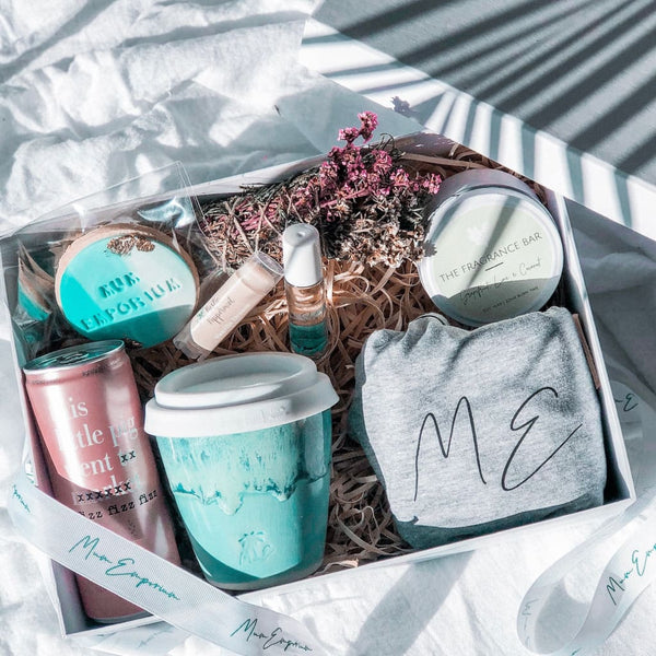 Surprise ME - Ceramic Mug & Soy Candle (Grapefruit, Lime and Coconut) - Me Time Packages