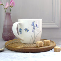 Bee and spring flowers Mug
