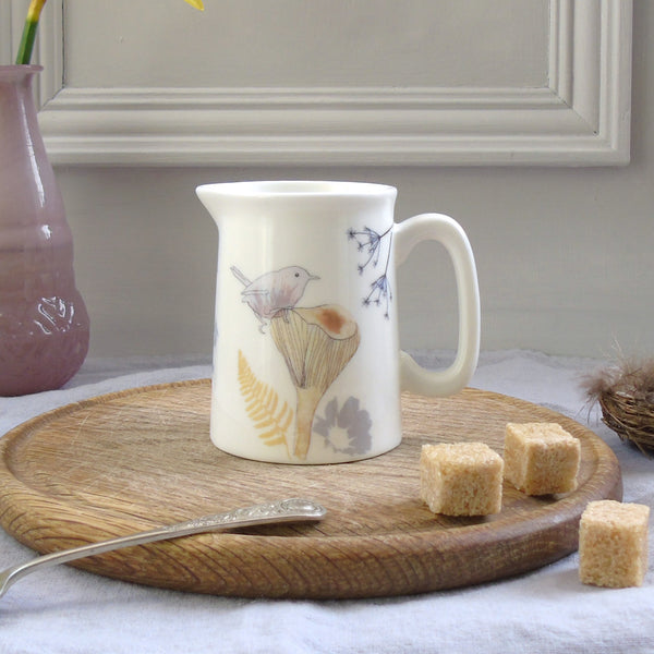 mini cream jug- wren on toadstool design