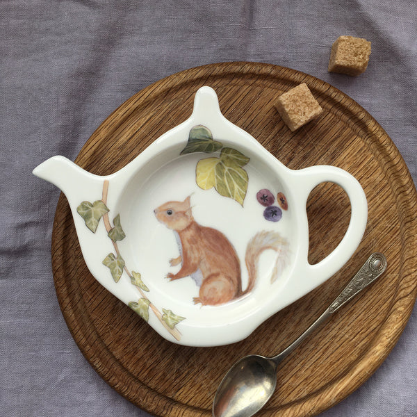 Red Squirrel Teabag Tidy