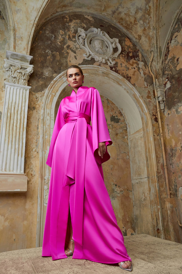 Satin kaftan with voluminous sleeves