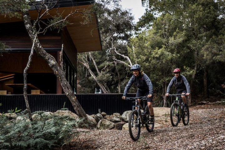 AUSSIE GRIT PARTNERS WITH TASSIE TRAIL GEM, BLUE DERBY PODS RIDE