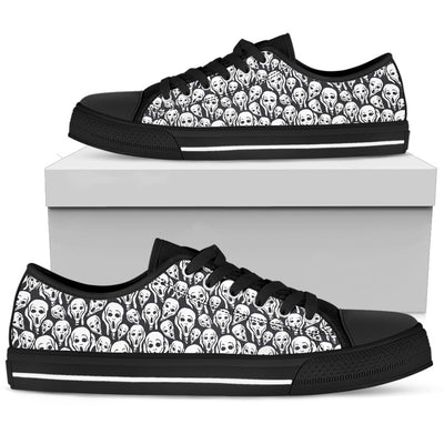 Skull Low Top Shoe