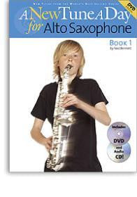 A NEW TUNE A DAY ALTO SAX DVD/CD