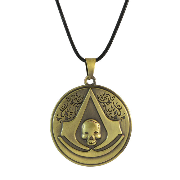 Sarah Assassin's creed with Skull Pendant Necklace for Men - Gold