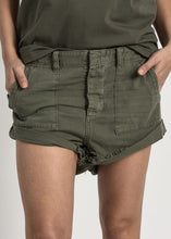 Load image into Gallery viewer, Militaire Bandit Shorts