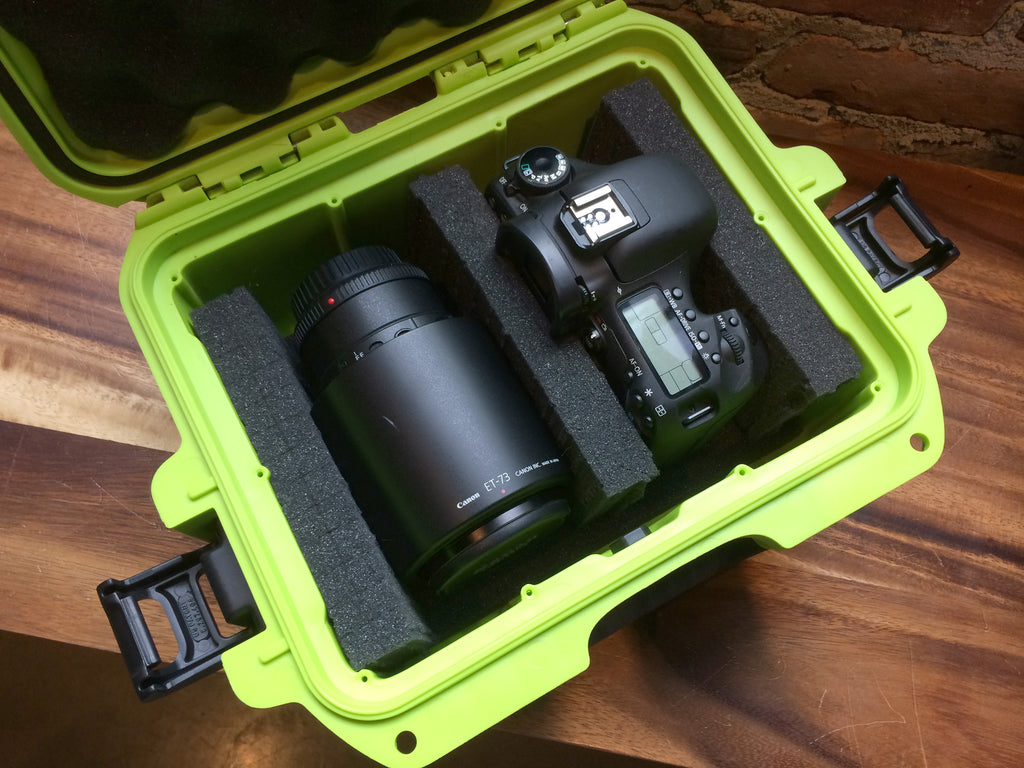 Nanuk 905 Lime Green with camera and lens
