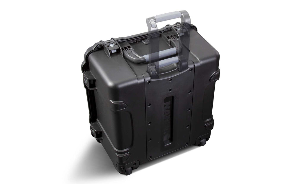 Nanuk 968 a large case with retractable handle