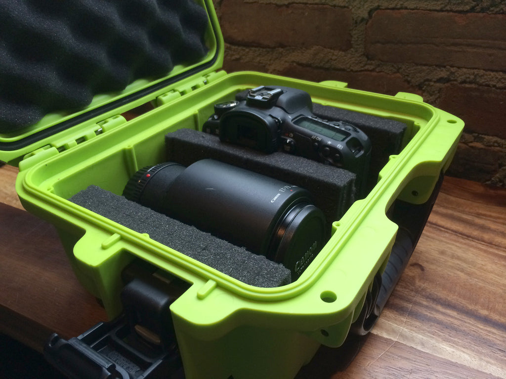 Nanuk 915 Hard Case in Lime with Canon Camera and 100mm lens