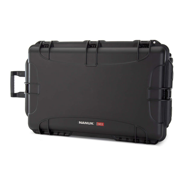 Nanuk 963 front angle with retractable handle