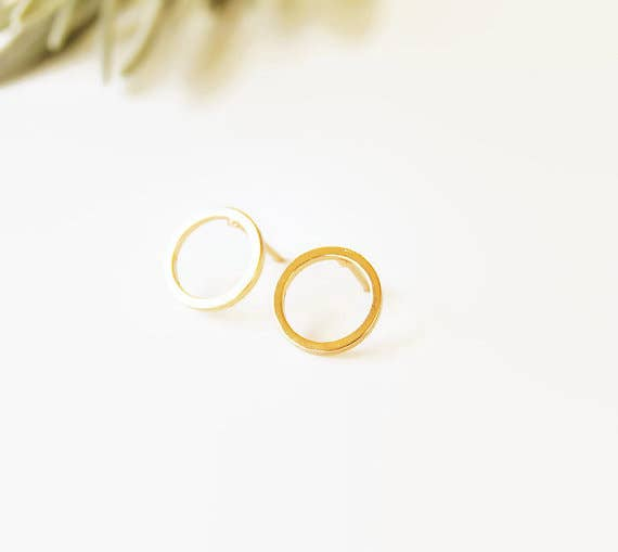 Wild Juniper - Gold Stud Earrings - Open Circle - Liz & Addie