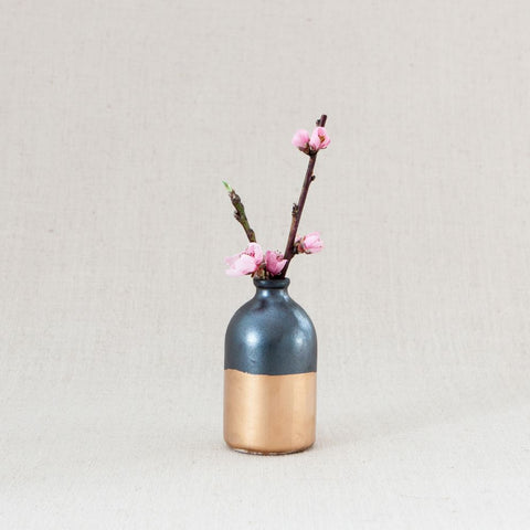 Minimalist Bud Vase - Black and Gold - Liz & Addie