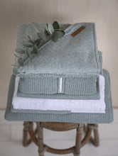 Afbeelding in Gallery-weergave laden, Little Dutch, boxkleed - pure mint