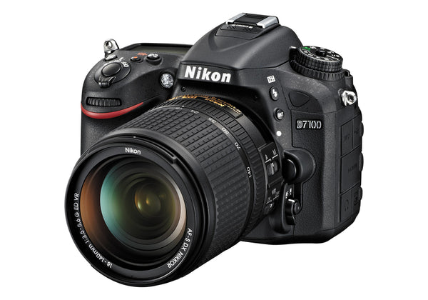 Nikon D7100 with 18-140mm VR Lens kit