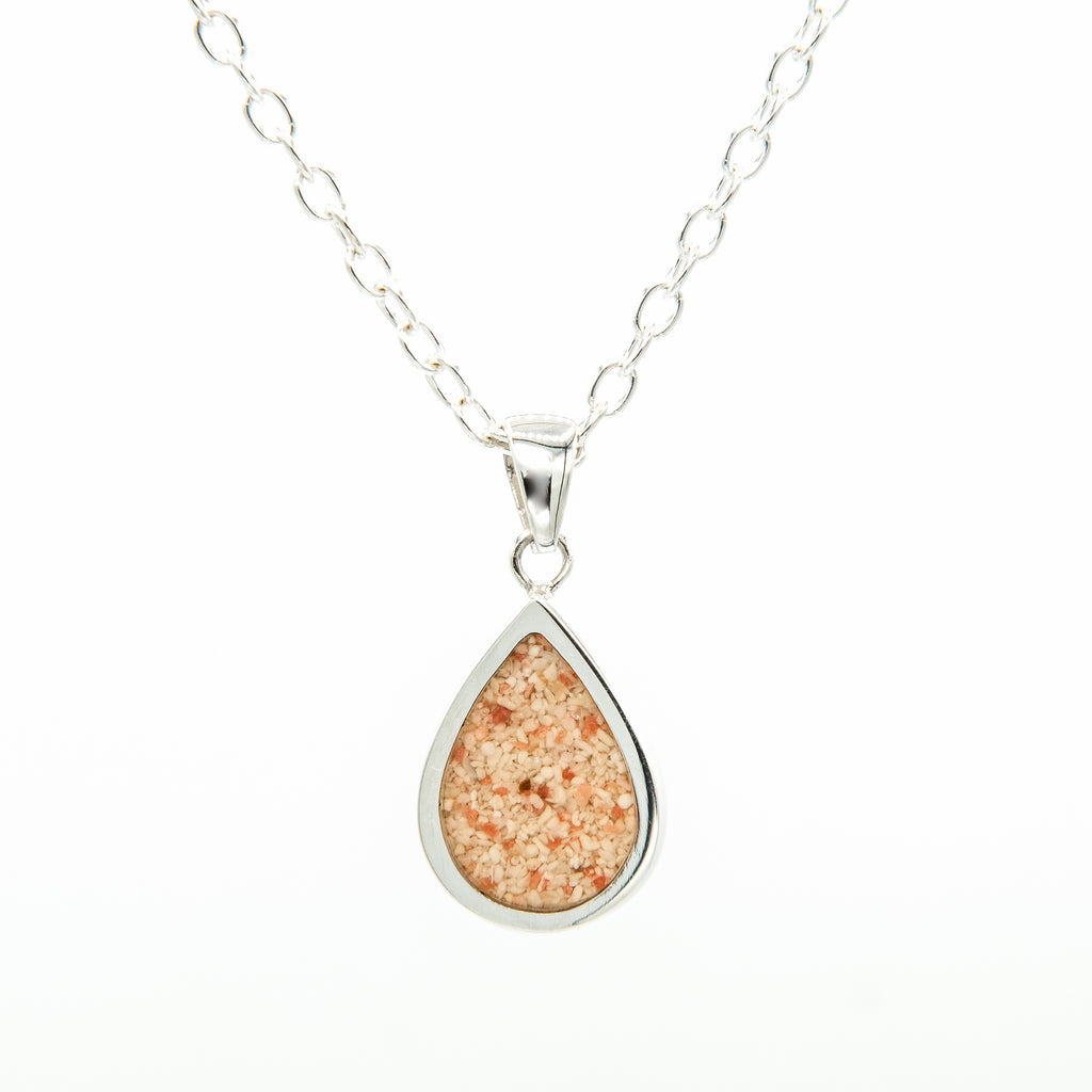 Silver teardrop flat pendant on cable chain - TN516SML