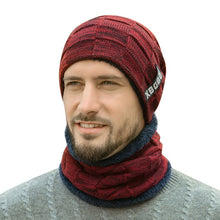 Load image into Gallery viewer, Men's Beanie Hat and Scraf Set