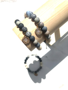 Gold River - Deep Grey Diffuser Bracelet with Agate