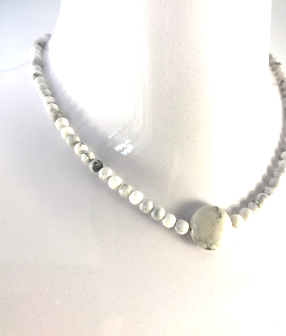 Howlite Necklace - Lava Diffuser Necklace