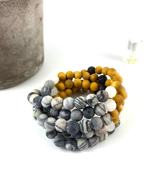 Stratus - Lined Agate Diffuser Bracelet