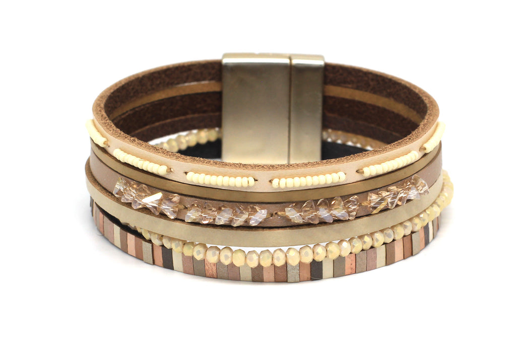 Mole Tan Leather Magnet Bracelet