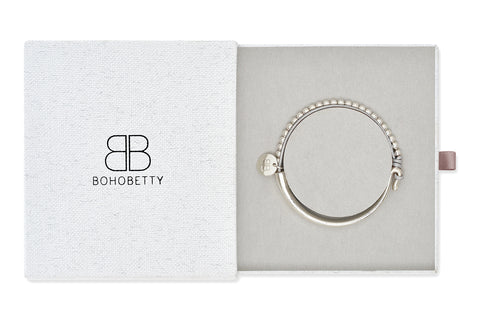 Oise Silver Leather & Silver Balls Bangle Gift Set