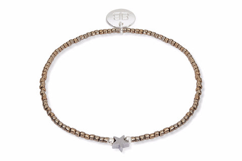 Tejat Gold Beaded Star Stretch Bracelet