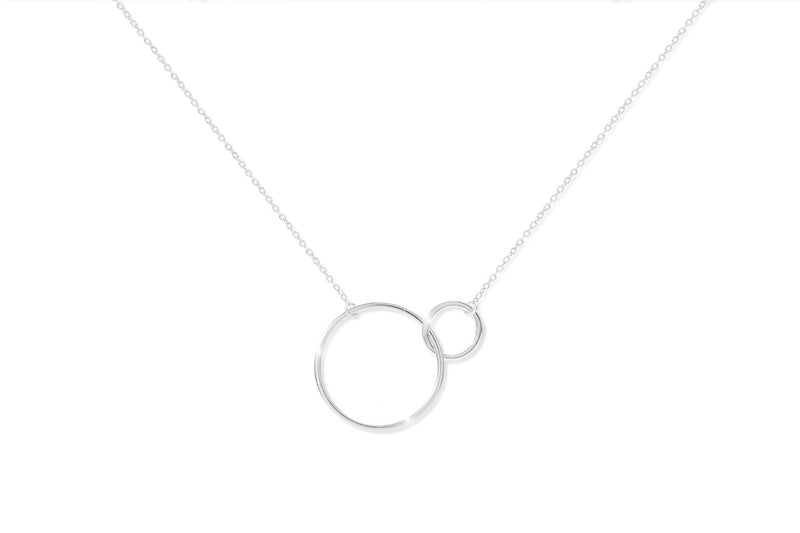 Tokay Silver Interlocking Circle Necklace - Boho Betty