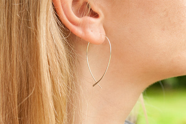 Dion Sterling Silver Curved Thread-through Earrings - Boho Betty