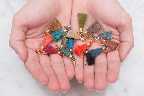 Individual Gold Mini Removable Tassels